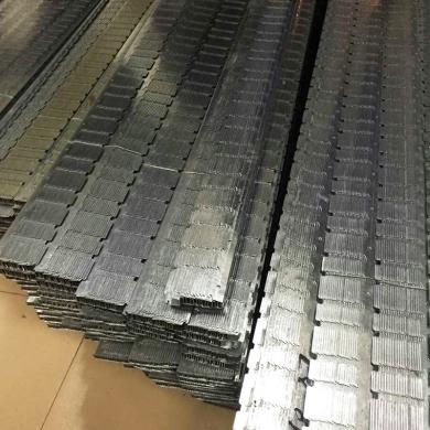 轻钢龙骨厂家说处理轻钢龙骨的表面问题